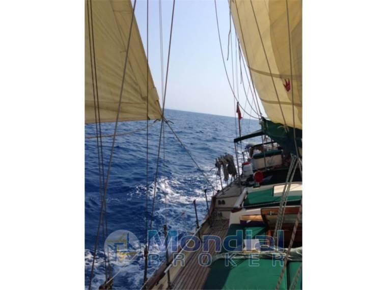 Bluewater Yacht Builders Ltd. VAGABOND KETCH 47 em Itália ...