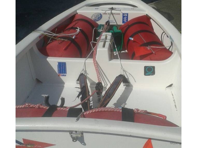Optimist mac laughlin en rcn a coru a barcos de vela for Cosas de segunda mano en coruna