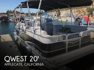 Qwest 820 Luxury Series