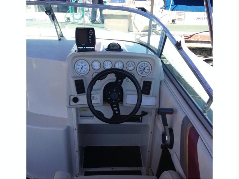 Cobia San Marino Ecs 225 En Cn Lo Pagan Barcos A Motor