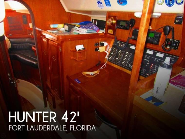 Passage 42 Center Cockpit