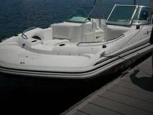 Hurricane 187 Sun deck