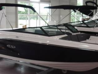 Sea Ray 230 SPXE auf Lager