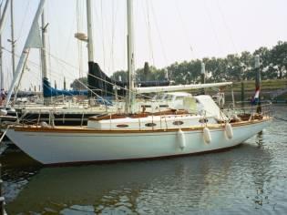Sparkman & Stephens Pipe Dream Cruising Sloop