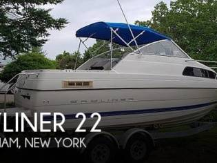 Bayliner Classic 222