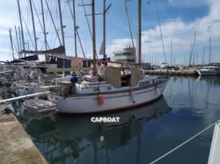 CHEOY LEE SHIPYARD MIDSHIPMAN 40