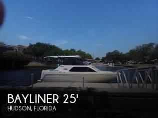 Bayliner 2452 Ciera Express