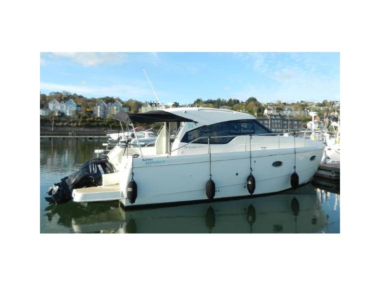 Spirit 31 Outboard