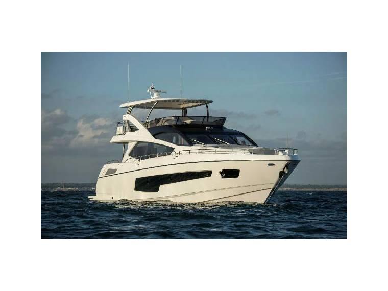 Sunseeker 75 yacht exclusive edition nuevo en venta 10097 for Barcos sunseeker nuevos