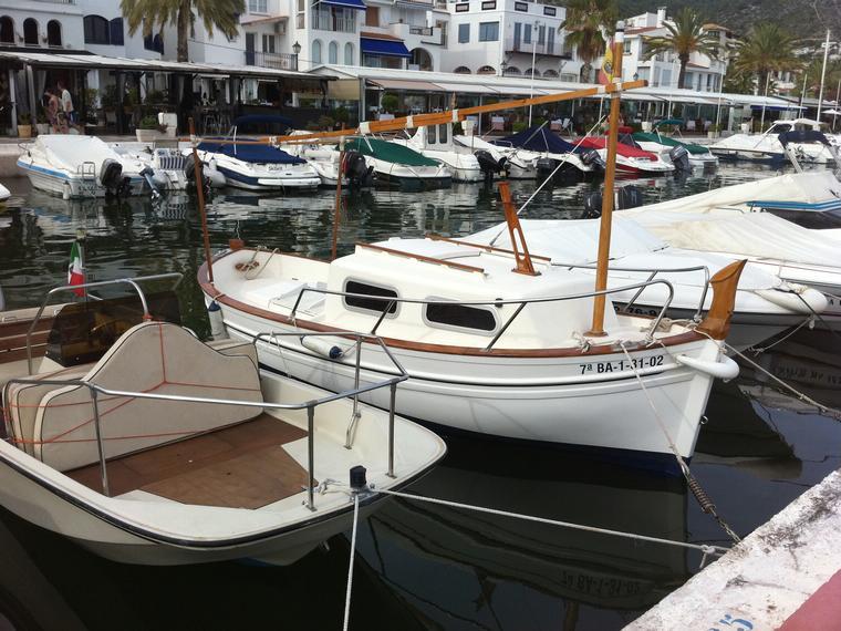 Menorquin 36 cabine en port de sitges barcos a motor de for Cabine del fiume bandera