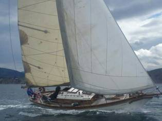 Clasico madera sloop cutter
