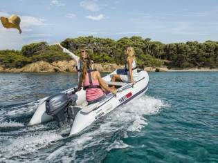 Yamaha Boats Yam 275 S mit 5 PS Holzboden