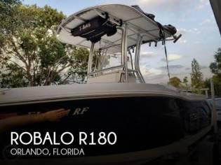 Robalo R180