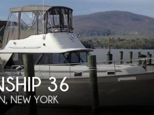 Mainship 36 Nantucket Double Cabin
