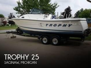 Trophy 2352 WA