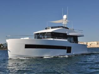 Sundeck Yachts Sundeck 550