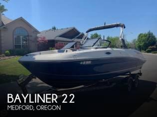 Bayliner 22 VR6 Bowrider