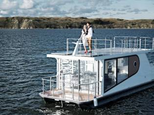 Houseboat Appolo 100