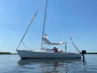 J Boats Tillotson Pearson (USA) J 22 J Boats