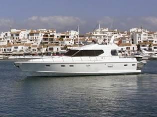 Berthon Custom Yacht