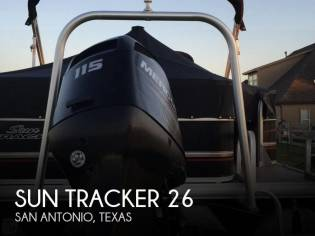 Sun Tracker DELUXE FISHING BARGE
