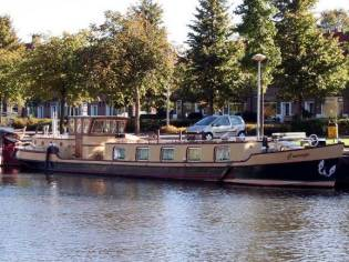 Luxe Motor travelling/ live aboard