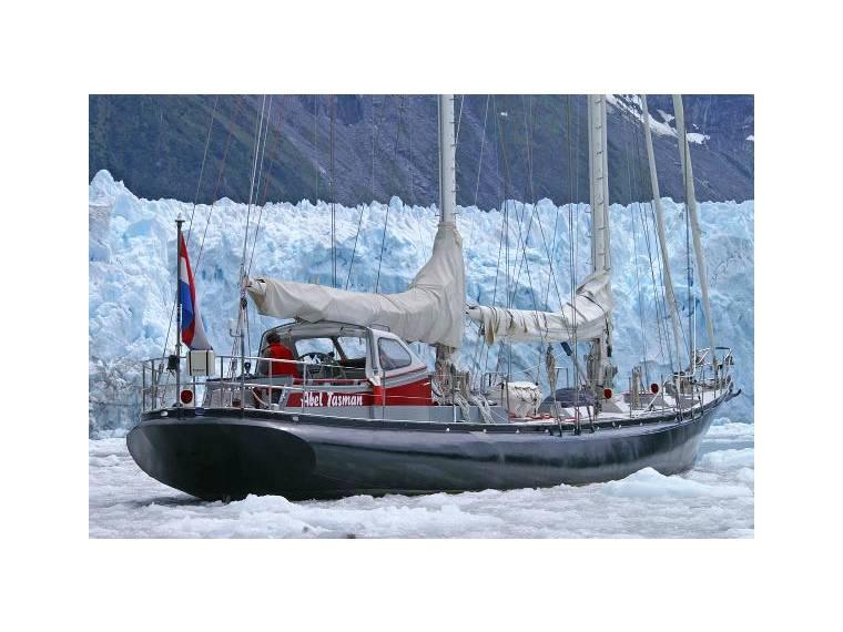 [Imagen: schooner-bermuda-29800100183167567067535649694565x.jpg]