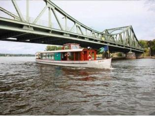 Fahrgastschiff (Neuaufbau 2008/2010)