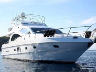 Majesty Yachts 66