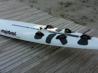 Tabla Windsurf Raceboard Mistral One Design