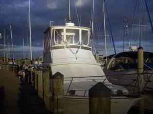 Cape Dory Offshore 36 Flybridge Cruiser