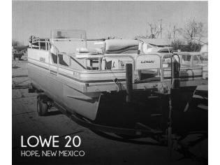 Lowe Bimini 200
