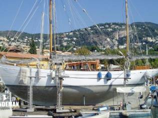 Custom Philip and Son Auxiliary Gaff Ketch
