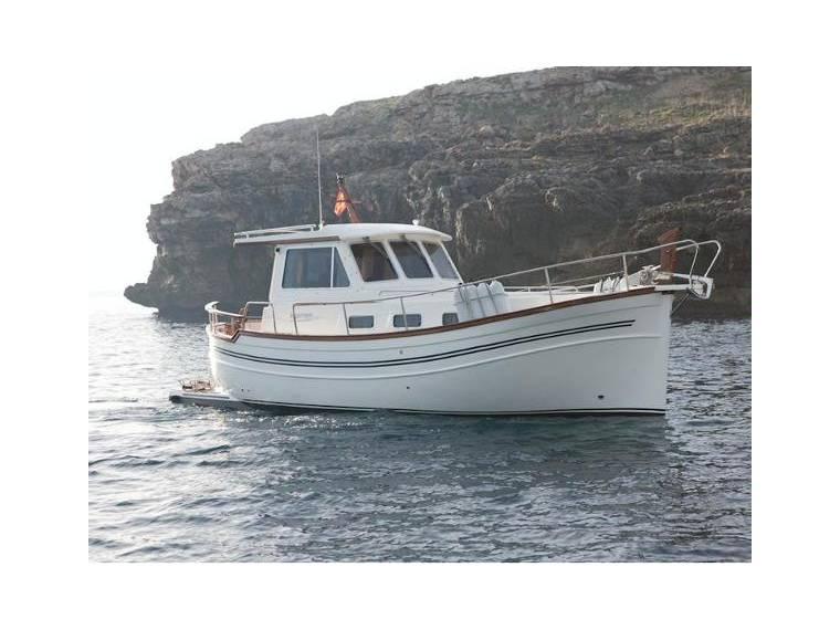 Yacht 100