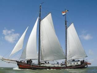 Barge Clipper
