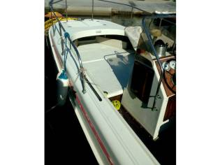 BOSTON WHALER Boston 21 Outrage