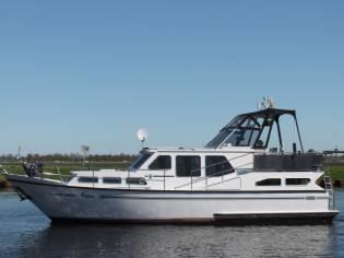 Pedro-Boat 37
