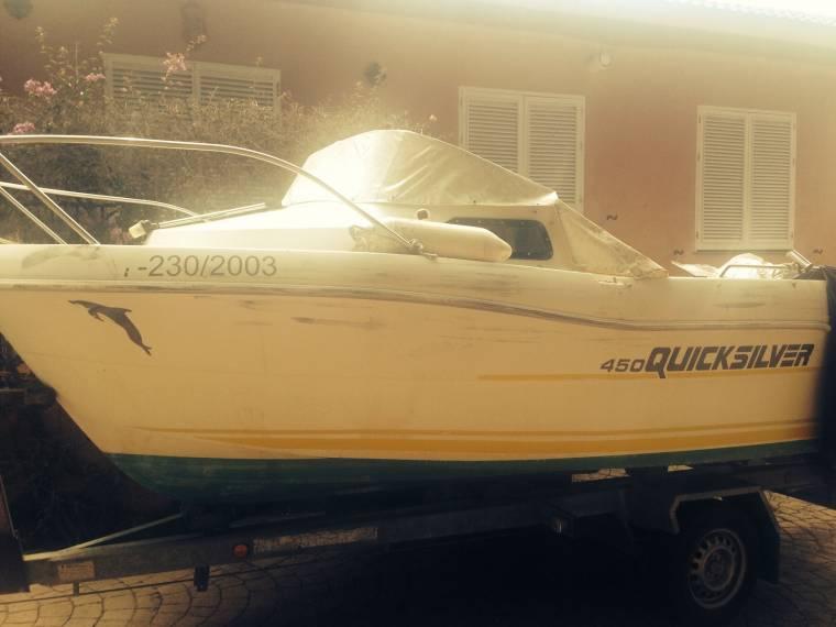 Quicksilver cabine 450 en c diz embarcaciones cabinadas for Cabine del fiume bandera