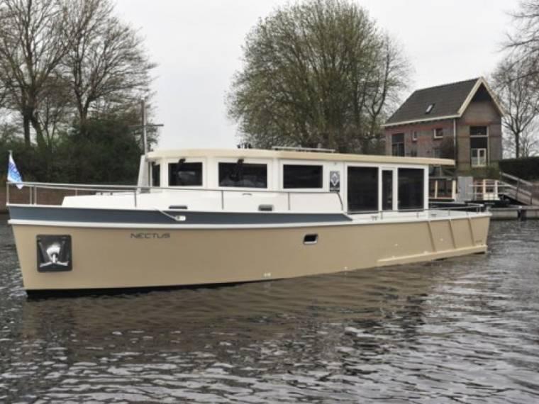 Succes Yacht Nectus