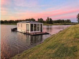 Euro Offshoreservices Aquahome Houseboat STE