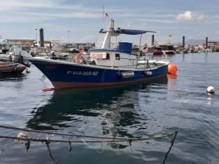 Barco pesca deportiva construcción amateur