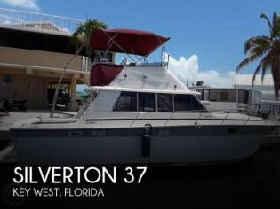 Silverton 37 Convertible