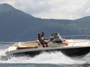 Invictus Yacht 250 CX