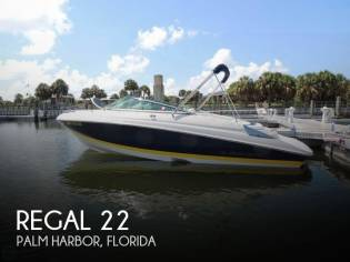 Regal 2250 Cuddy Cabin