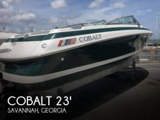 Cobalt 233 Cuddy Cabin