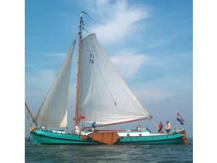Custom Tjalk dutch barge ship