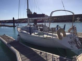 Annapolis Custon Yacht Farr 33