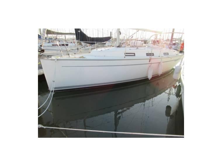 BAVARIA 32 CRUISER EB44654