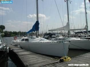 Custom Fast Yachts FAST 42