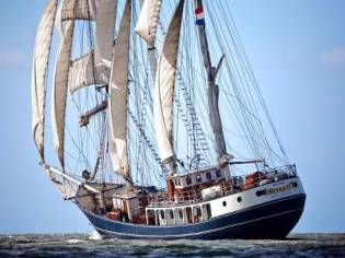 three mast barquentine